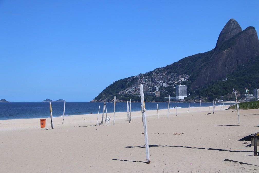 Praia do Leblon, na Zona Sul do Rio — Foto: José Raphael Bêrredo/G1 Rio