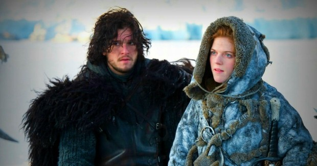 Atores de Game Of Thrones, Kit Harington e Rose Leslie, em cena (Foto: Divulgação)