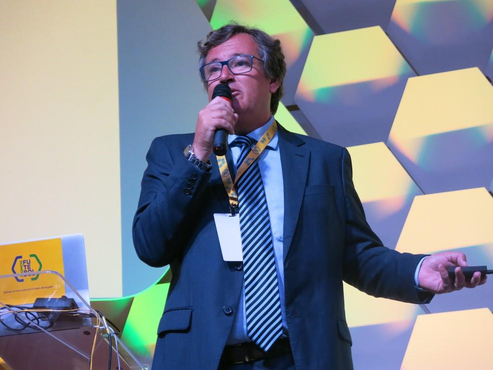 Erasmo Damiani, novo diretor de futebol do Vitória (Foto: Igor Rodrigues/GloboEsporte.com)