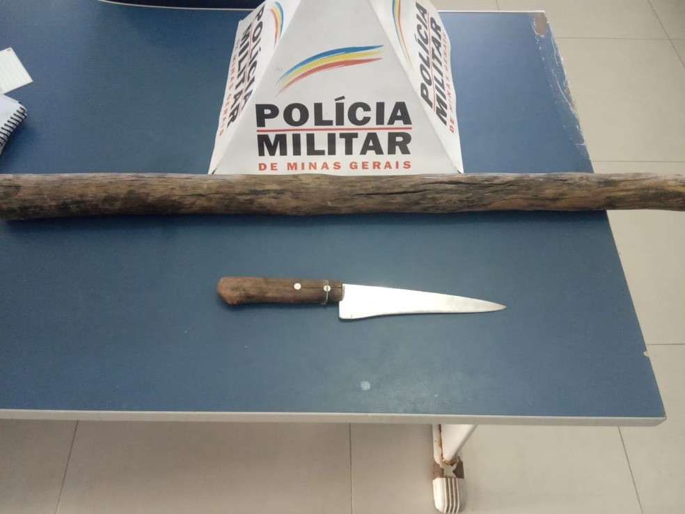 Menor confessou que vítima foi morta com facadas, segundo a PM — Foto: Polícia Militar / Divulgação