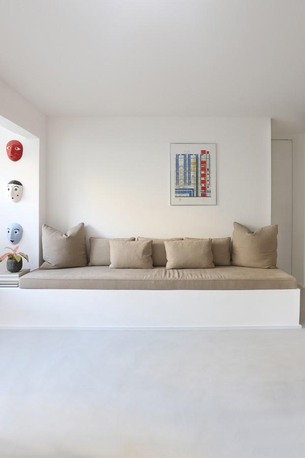 Décor mediterrâneo com muito design assinado em apê de 150 m²  (Foto: Maria Orsi )