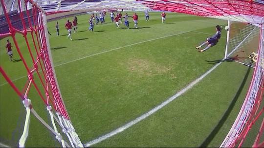"""Após primeiro gol, Camilo """"renasce"""" no Inter e tem chance de ganhar sequência"""