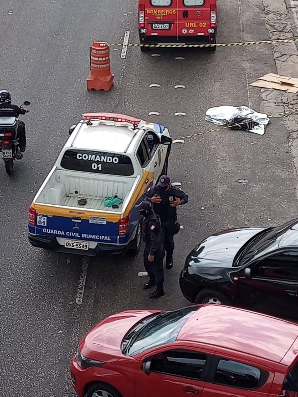 Homem é atropelado por viatura da guarda municipal de Marituba ao atravessar a BR-316