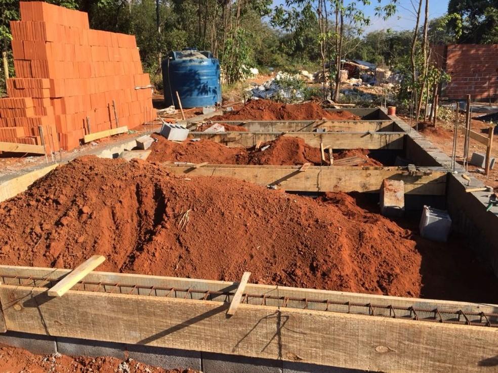 Usina de Triagem e Compostagem está sendo construída em Córrego Fundo (Foto: Prefeitura de Córrego Fundo/Divulgação)