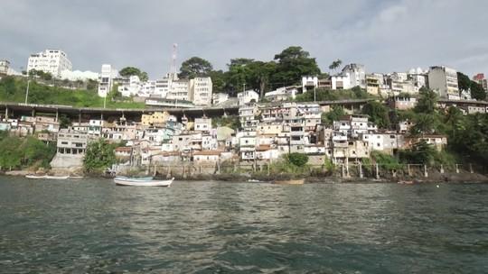 'Vumbora' conhece histórias, belezas e comidas da comunidade da Gamboa, em Salvador
