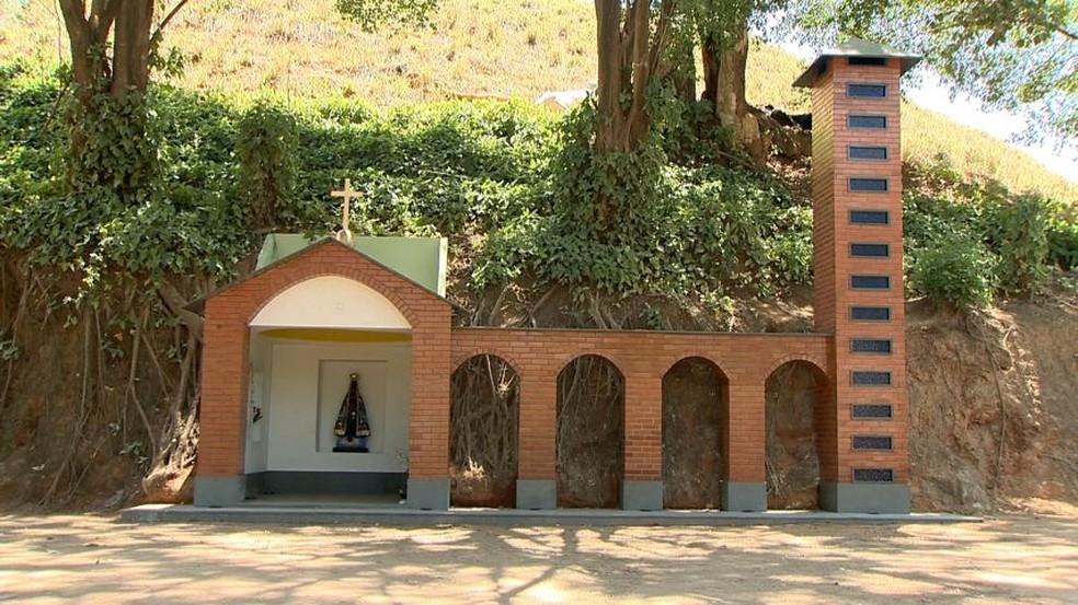 Capela inspirada em basílica de São Paulo foi construída em Alfredo Chaves (Foto: Reprodução/ TV Gazeta)