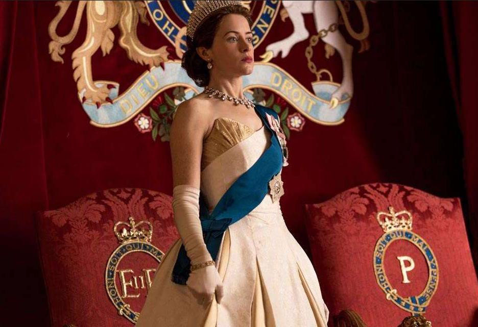 A atriz Claire Foy em cena da série The Crown (Foto: Reprodução)