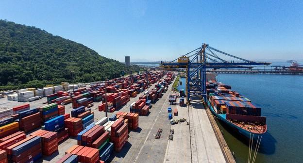 A ideia é desburocratizar, diz Bolsonaro sobre BR do Mar