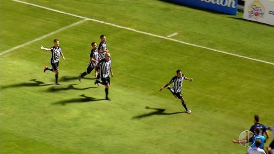 Decisivo, Leandrão responde provocações com gol e vibra com vitória do ABC