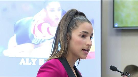 Duas campeãs olímpicas testemunham contra o ex-médico da Federação de Ginástica dos EUA