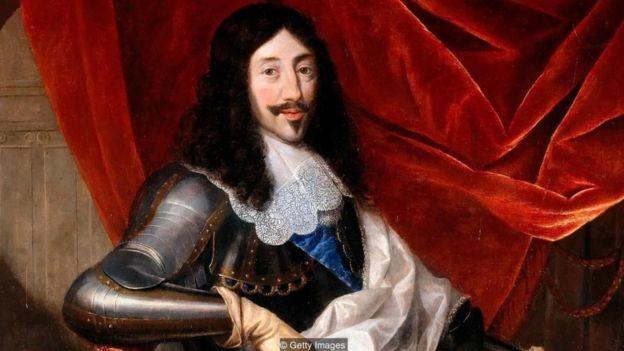 Retrato feito pelo pintor Justus van Egmont do rei Luís 13, que adorava maquiagem (Foto: Getty Images via BBC News)