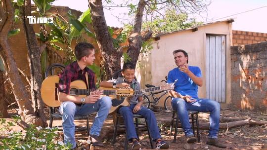 Reveja: Mário bate-papo com dupla Pedro Henrique e Gabriel e conhece chef Macri