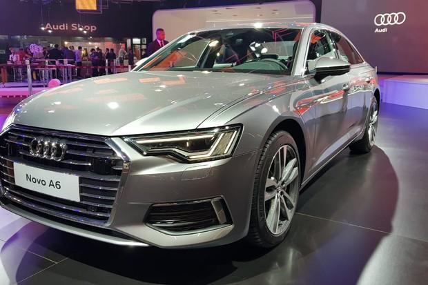 Nova geração do Audi A6 tem opções 2.0 TFSI e 3.0 TFSI (Foto: Julio Cabral/Autoesporte)