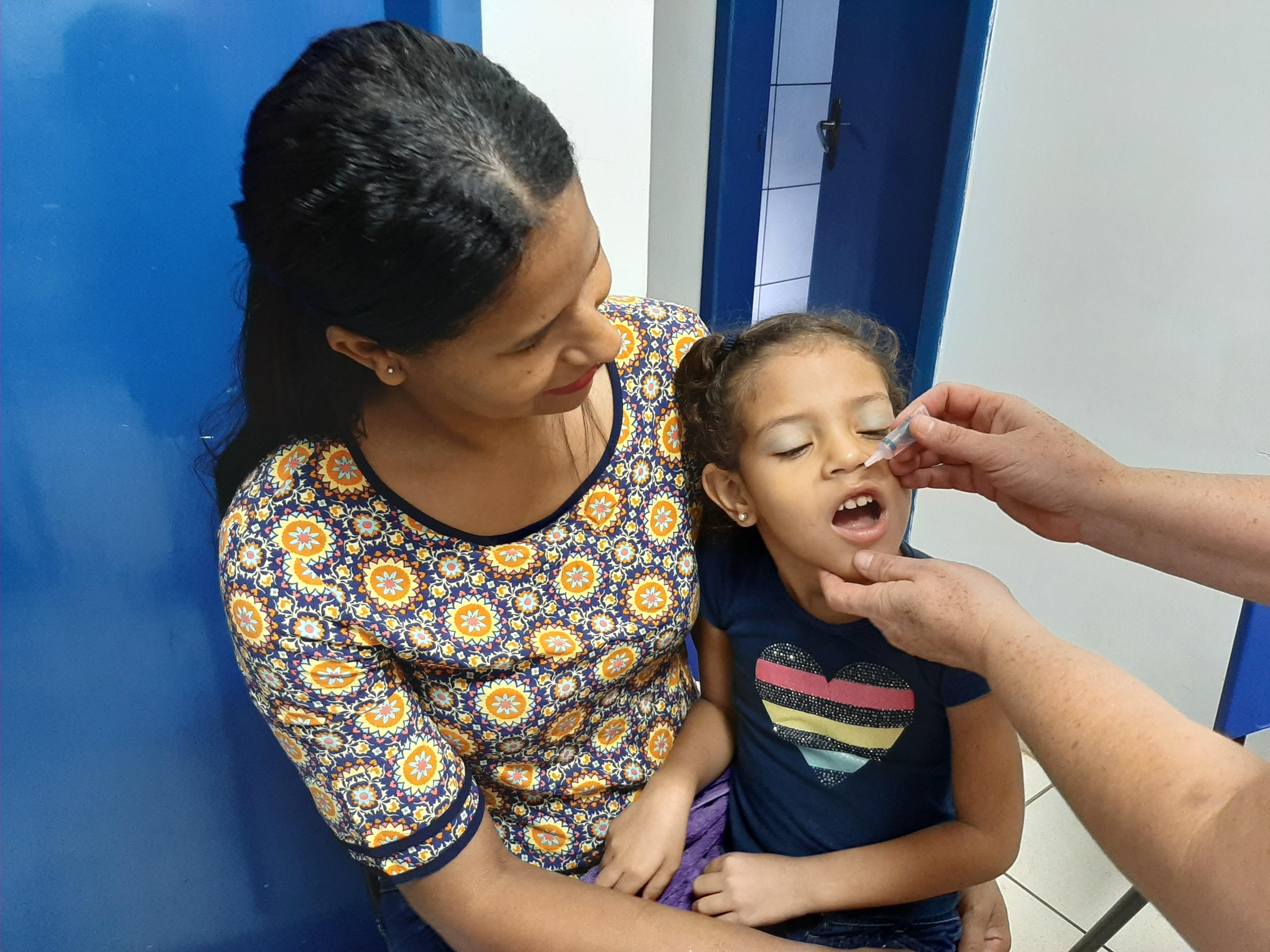 Chuva atrapalha 'Dia D' contra o sarampo e município de Ariquemes pede que pais levem filhos nos próximos dias  - Notícias - Plantão Diário