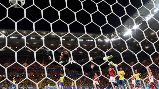 Gol de Phillipe Coutinho em Brasil x Suíça