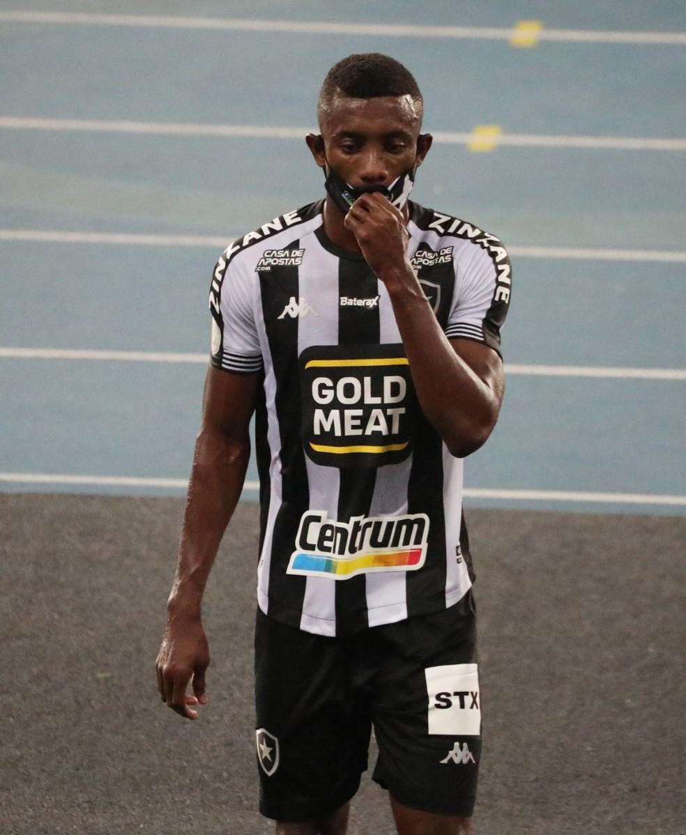Kalou não corresponde às expectativas e pode deixar Botafogo ao fim do Brasileirão — Foto: Sergio Moraes/REUTERS