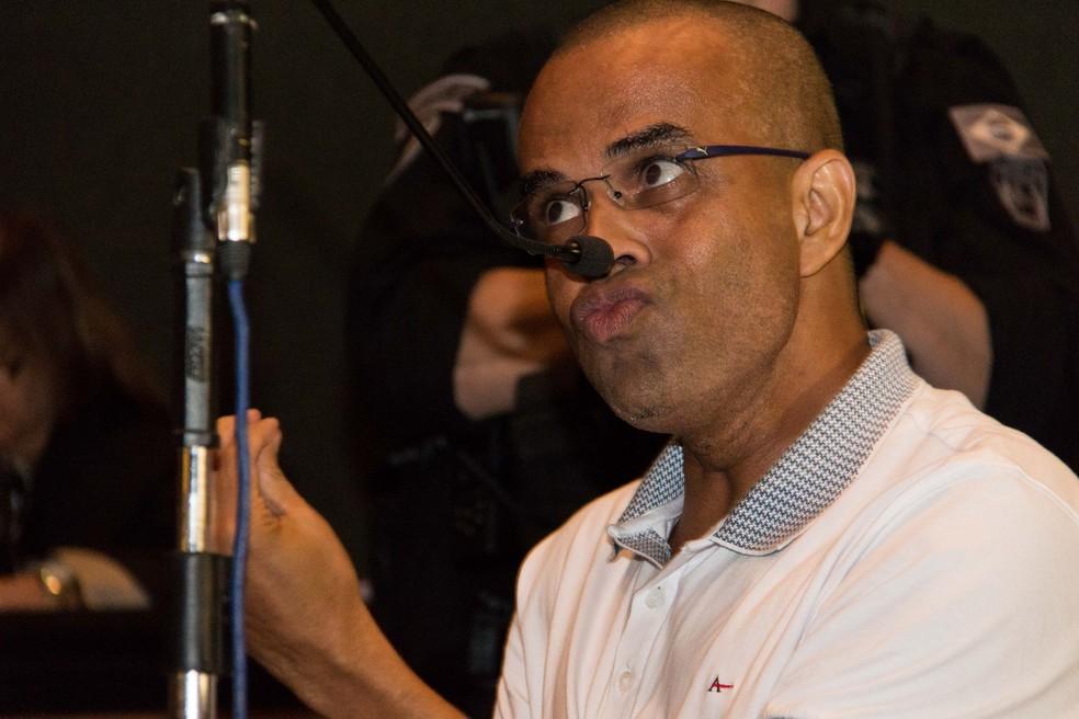 Fernandinho Beira-Mar foi incluído no Regime Disciplinar Diferenciado por 360 dias (Foto: Brunno Dantas / TJ-RJ)