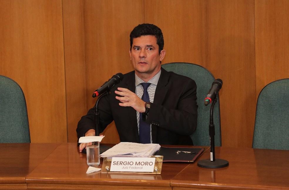 Esta é a primeira vez que o Sérgio Moro participa de uma entrevista coletiva, desde 2014, quando assumiu a Operação Lava Jato e se tornou figura conhecida em todo o Brasil — Foto: Giuliano Gomes/PR PRESS