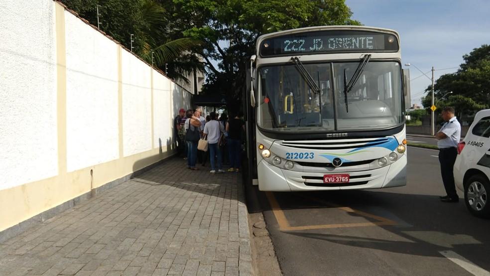 Homem foi detido suspeito de se masturbar em ônibus de Piracicaba — Foto: Arquivo pessoal