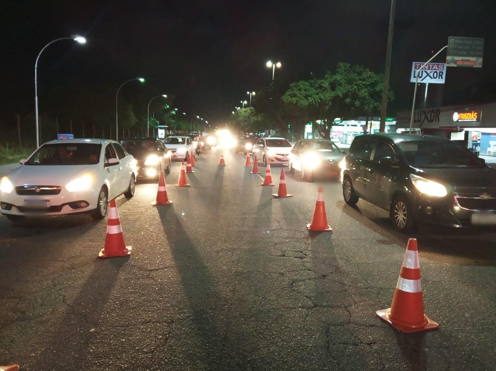 Blitz da Lei Seca autua 27 motoristas por embriaguez ao volante em Natal; 4 são presos
