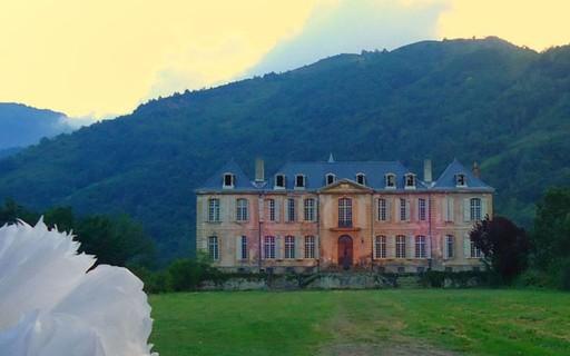 ON - A Decadência do Conde - Página 12 Gcom_chateau_de_gudanes_01