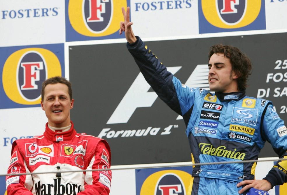 Alonso lembra rivalidade com Schumacher: Aprendi muito!
