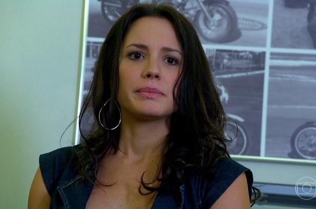 Juliana Knust é Zuleika em 'Fina estampa' (Foto: Reprodução)