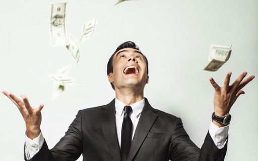 Como ganhar na loteria afeta a sua felicidade, de acordo com a psicologia