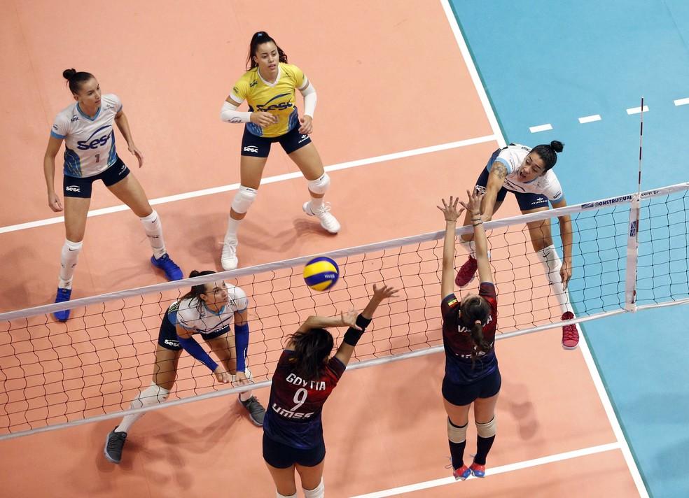 Sesc/RJ vence San Simón e está na semifinal do Sul-Americano (Foto: Orlando Bento/MTC)