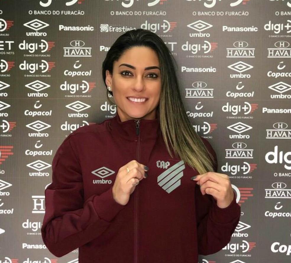 Mayara Bordin, ex-jogadora da seleção, contratada para trabalhar no departamento de futebol masculino do Athletico-PR — Foto: Divulgação