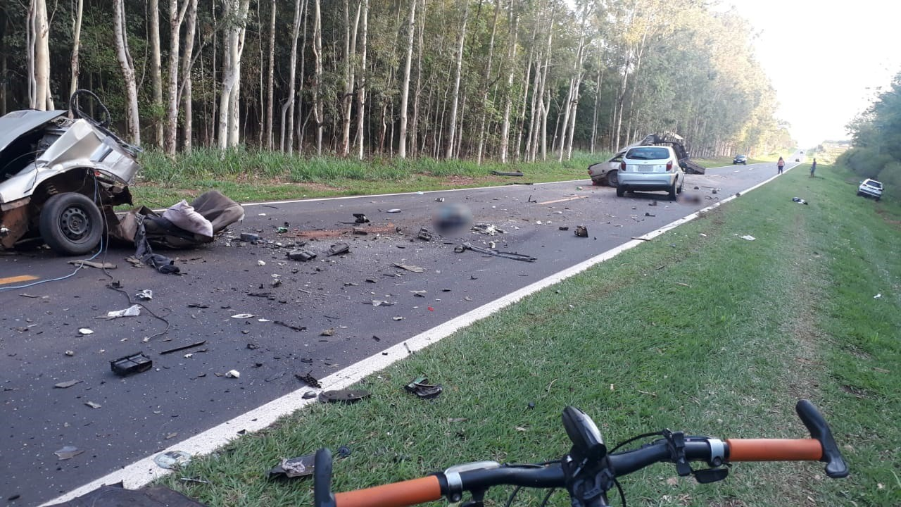 Acidente de trânsito provoca mortes na estrada vicinal entre Adamantina e Mariápolis