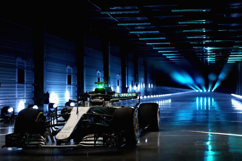 Mercedes anuncia data de lançamento de carro que poderá levá-la a inédito hexacampeonato