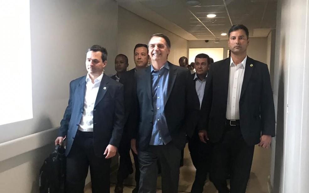 Bolsonaro deixou o hospital em SP nesta quarta (13) — Foto: Divulgação/Presidência da República