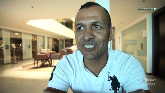 """TV Goiás - """"Meu Jogo Inesquecível"""" com o ídolo Jadílson e o massoterapeuta Bebeto"""