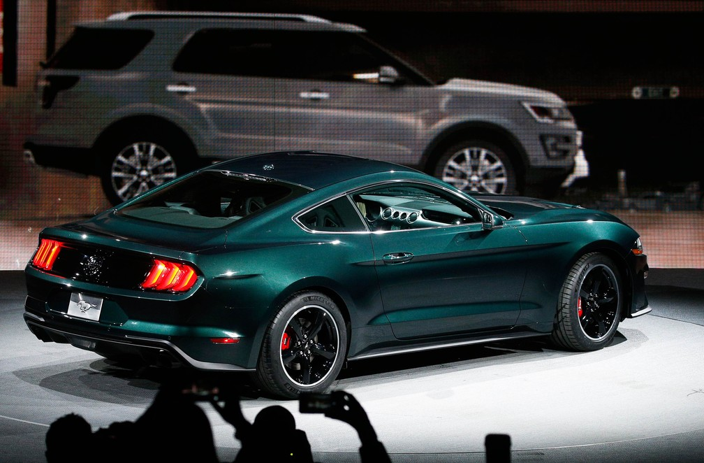 Mustang Bullitt volta mais nervoso do que nunca (Foto: Brendan Mcdermid/Reuters)