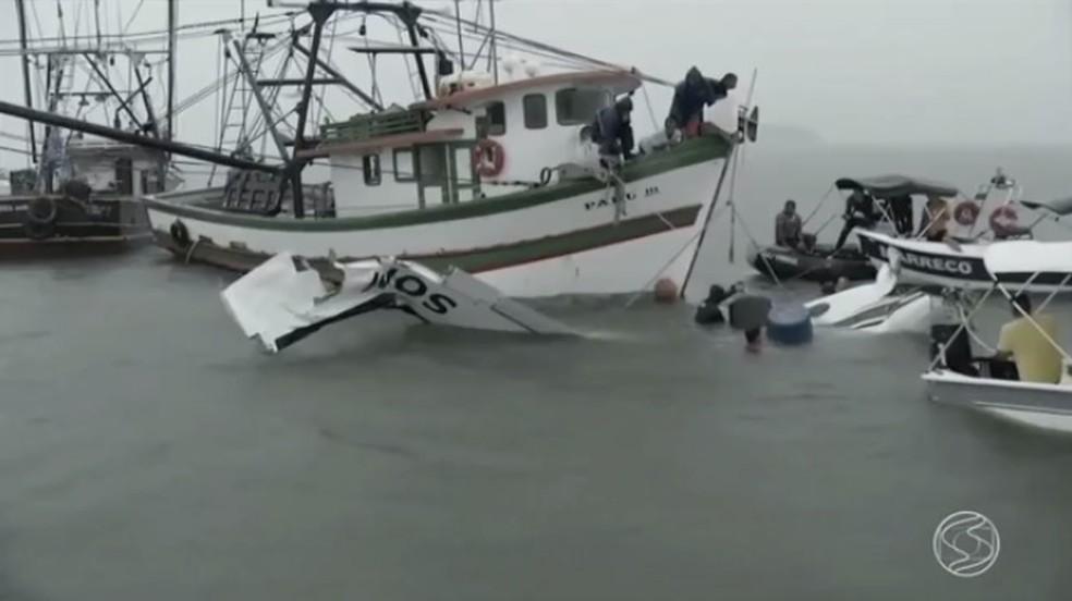 Avião em que estava Teori Zavascki caiu no mar em Paraty (RJ) em janeiro de 2017; ministro e mais quatro pessoas morreram (Foto: Reprodução/TV Rio Sul)