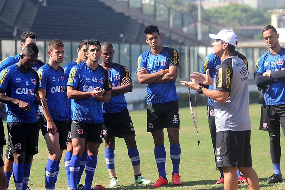 Jeferson chegou a retornar ao Vasco em 2015, mas não teve espaço (Foto: Paulo Fernandes/Vasco.com.br)