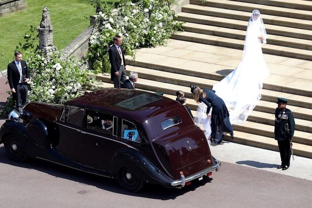 Meghan Markle usou modelo de Rolls Royce similar ao que está a venda (Foto: Getty)