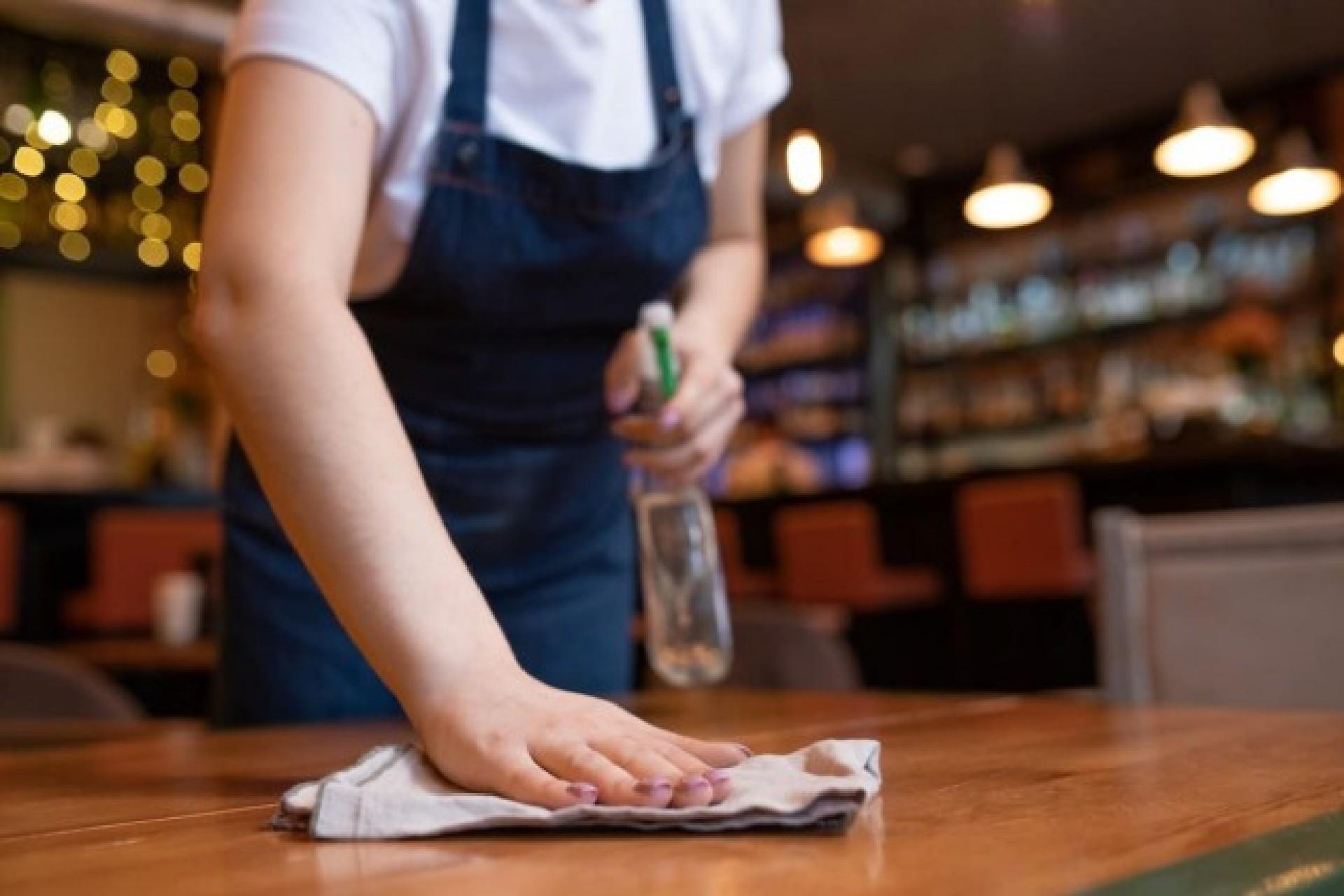 Covid-19: horário de bares e restaurantes em Juiz de Fora é alterado pela 3ª vez; Prefeitura também mudou funcionamento de shoppings