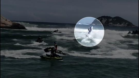 Polícia ouve envolvidos em acidente com motos aquáticas na Barra; mulher está em estado grave