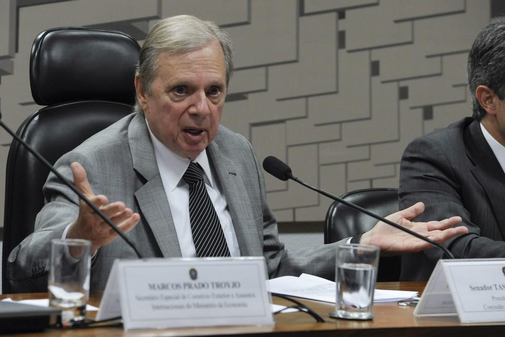 O senador Tasso Jereissati (PSDB-CE) durante sessão da Comissão de Assuntos Econômicos do Senado no dia 16 de julho — Foto:  Pedro França/Agência Senado