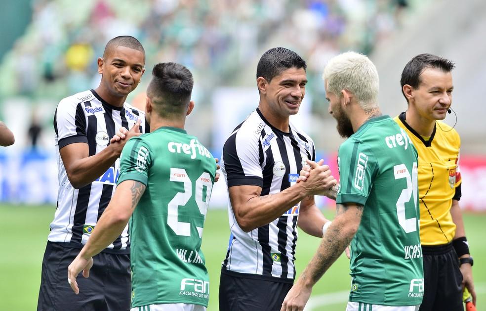 c0b6a7ee6e Santos leva a melhor em mata-matas contra o Palmeiras  veja ...