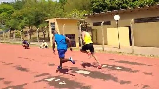Bruno Lins e Luís Gabriel fazem último treino para disputa com Gatlin; assista