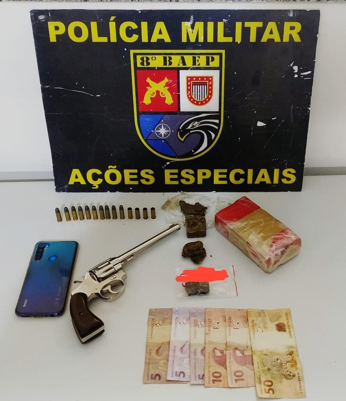 Revólver de calibre 32, munições e droga são apreendidos pelo Baep em Anhumas