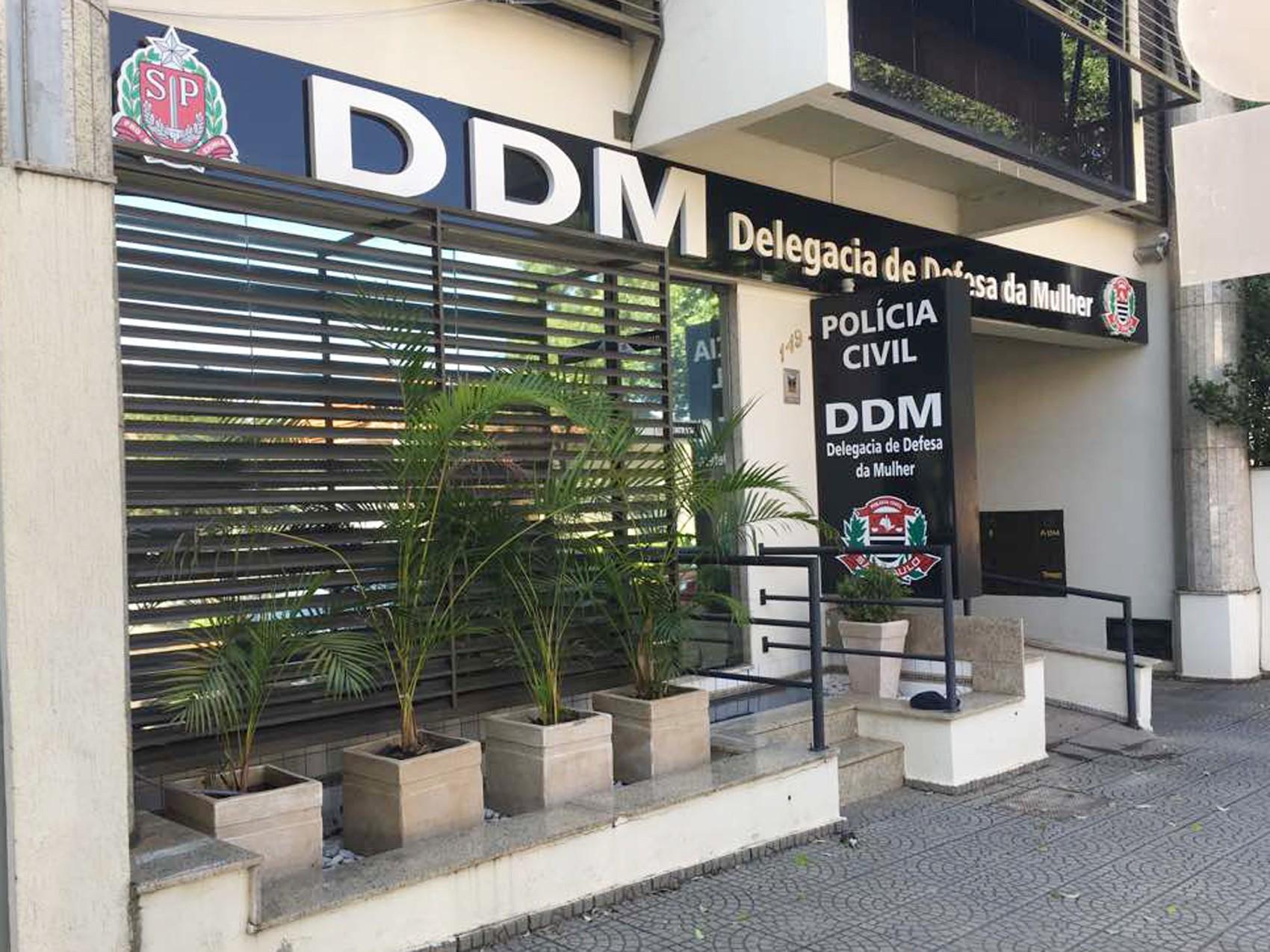 Promotoria pede à Justiça prisão de médico acusado de abusar de mulheres em consultório  - Noticias