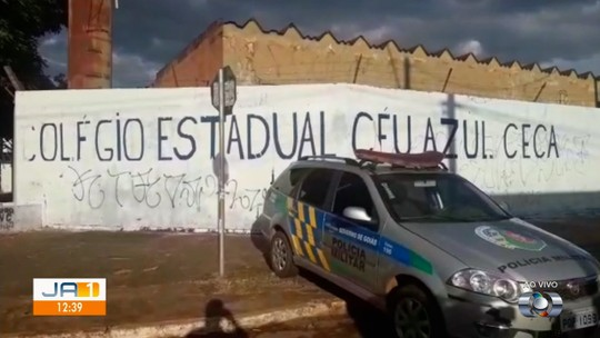 Aluno suspeito de matar coordenador de escola em Valparaíso de Goiás é apreendido e diz que teve 'momento de fúria'