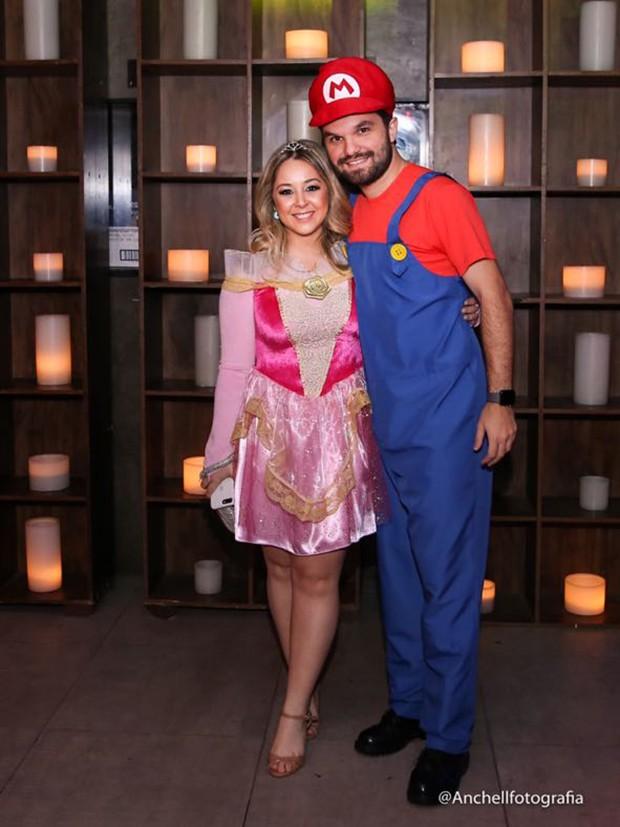 Manuela Freitas e Mario Barros (Foto: Anchell Fotografia/ Divulgação)