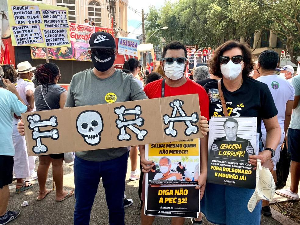 Grupo protesta contra o governo Bolsonaro em Salvador — Foto: Divulgação/SINDJUFE-BA