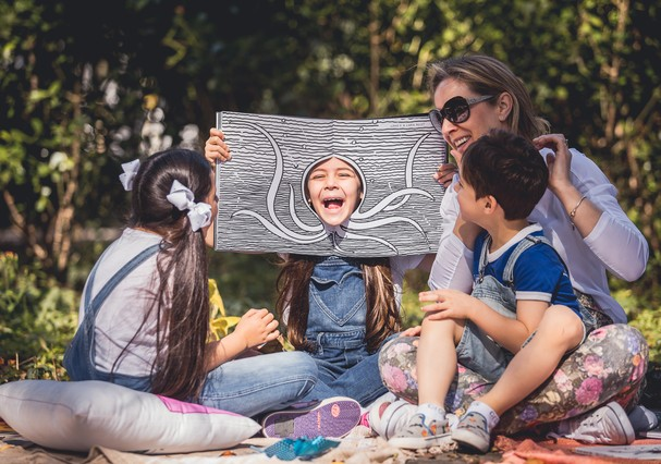 Roda de leitura com crianças  (Foto: Valéria Gonçalvez)