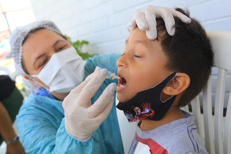 Campanha de vacinação contra poliomielite é prorrogada até 11 de dezembro no DF